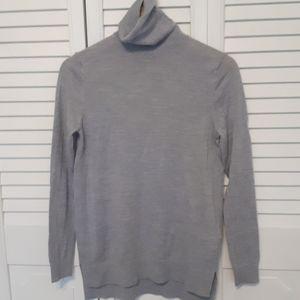 Super soft merino wool Gap sweater. Size S.